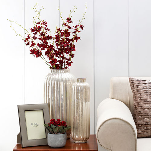 Small Ivory Ridged Ceramic Vase