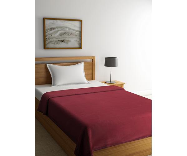 Poise Barn Red Blanket Single Size