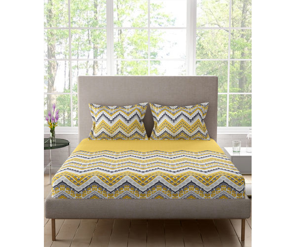Stellar Home Lilly Plus Collection - Yellow & Grey Zig-Zag Pattern Bedsheet With 2 Pillow Covers (100% Cotton, Super King Size)