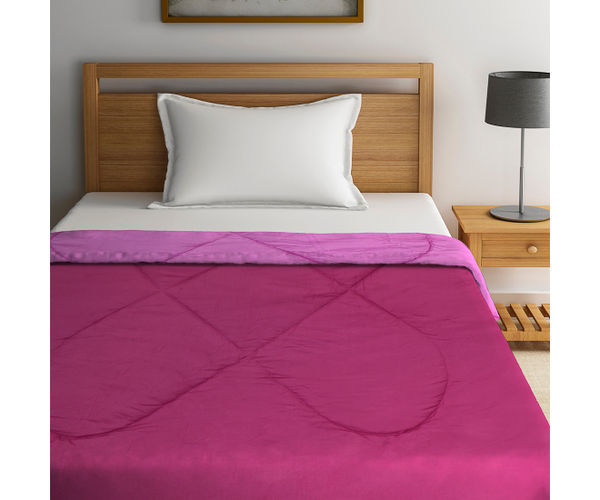 Stellar Home Enya Collection - Magnificent Magenta Printed Reversible Single Size Comforter (Polyester)