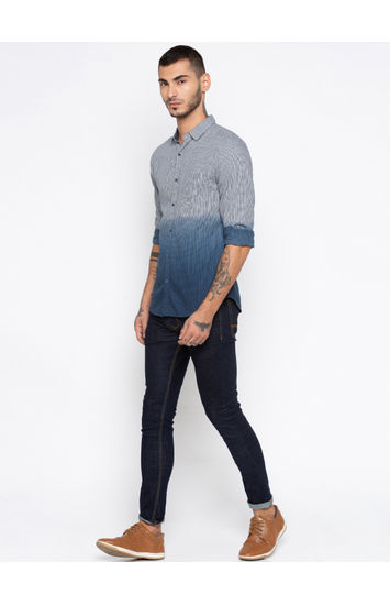 White & Navy Printed Slim Fit Casual Shirts