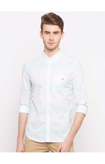 Mint Solid Slim Fit Casual Shirts