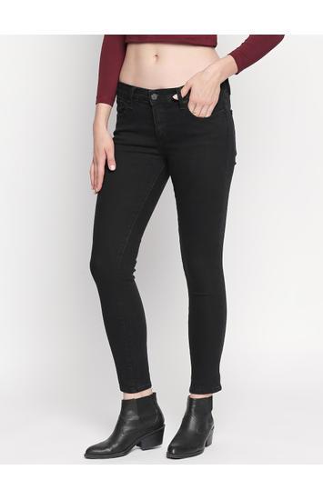 Black Solid Skinny Fit Jeans