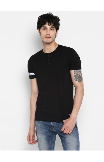 Jet Black Solid Slim Fit T-Shirts