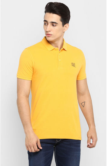 Yellow Solid Slim Fit T-Shirts