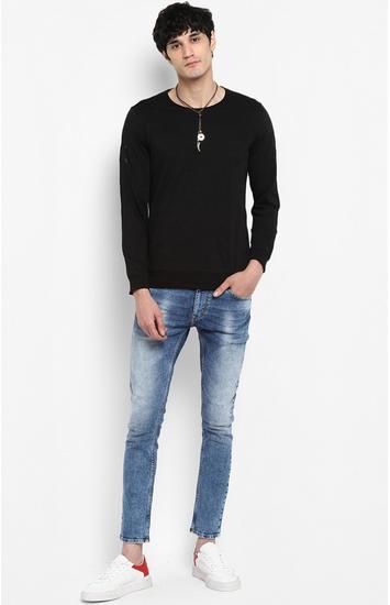 Black Solid Slim Fit Sweatshirts