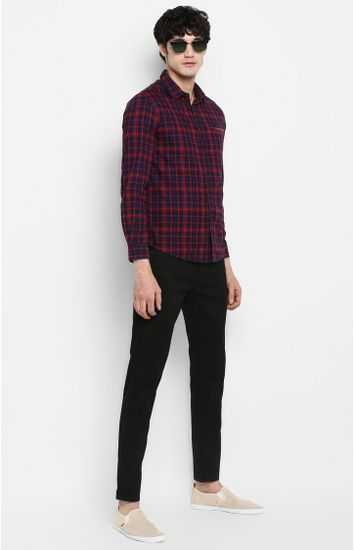 Navy & Red Checked Slim Fit Casual Shirts