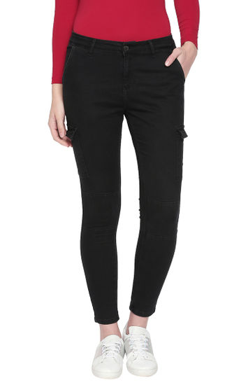 Charcoal Solid Slim Fit Jeans