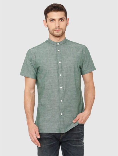 Green Slim Fit Short Sleeves Shirt