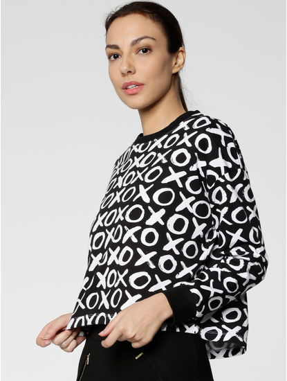 Black XOXO Print Cropped Sweatshirt