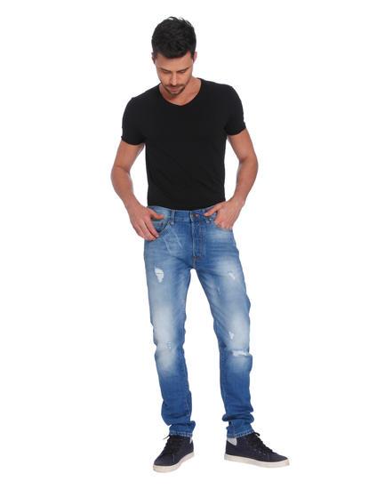 Blue Mild Distressed High Rise Regular Fit Jeans