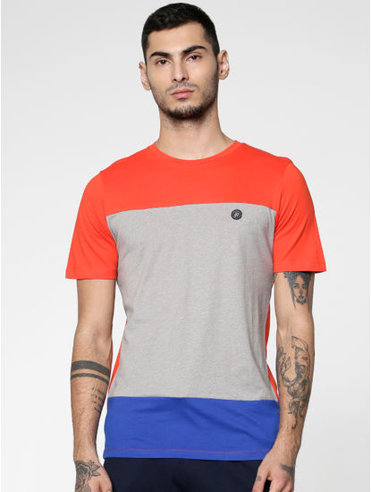 Red Colour Blocked Slim Fit Crew Neck T-shirt