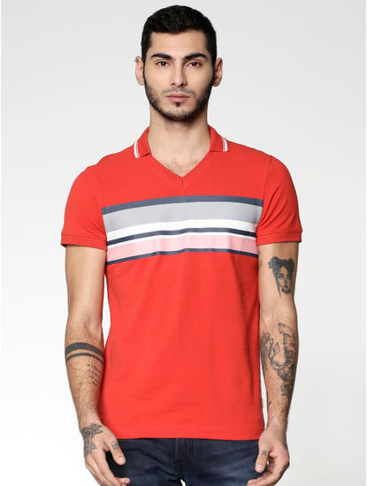 Red Colour Blocked Striped Slim Fit Polo Neck T-shirt