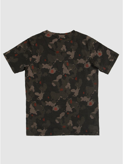 Junior Green Camo Print Crew Neck T-Shirt