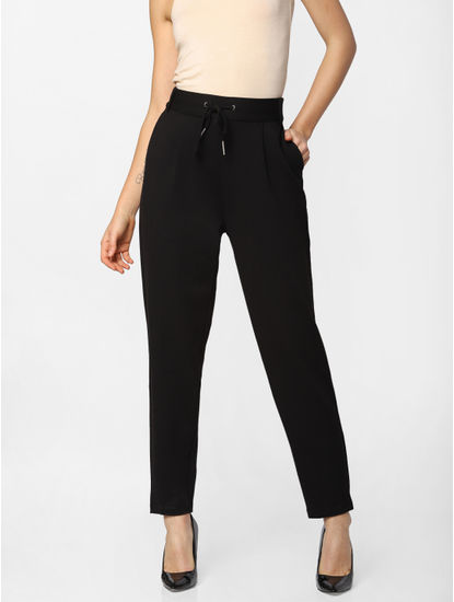 Black High Rise Skinny Fit Pants