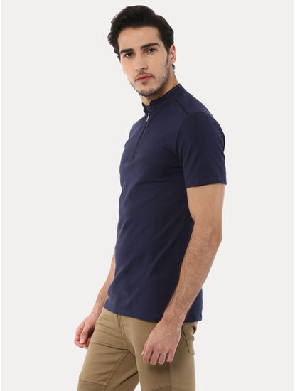 Gezippoind Navy Solid T-Shirt