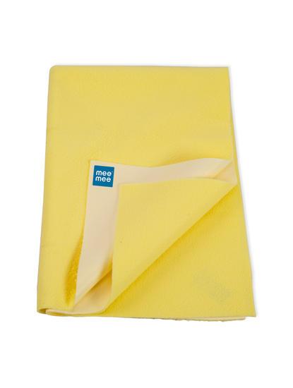 Mee Mee Baby Waterproof Bed Protector Total Dry Sheets – (Yellow)