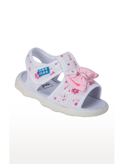 Mee Mee First Walk Baby Sandel with Chu Chu Sound (White)