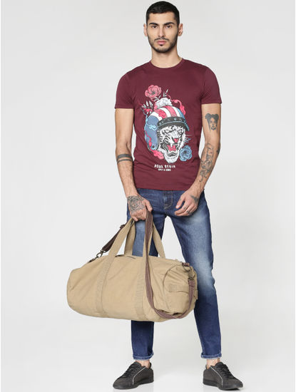 Burgundy Graphic Print Crew Neck T-shirt