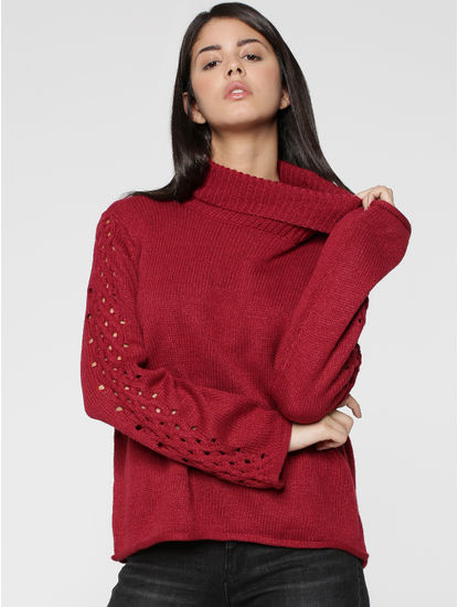 Red Cutwork Sleeves Turtleneck Pullover