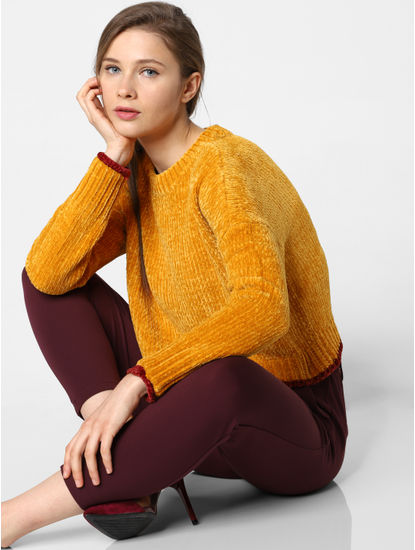Yellow Contrast Tipping Pullover