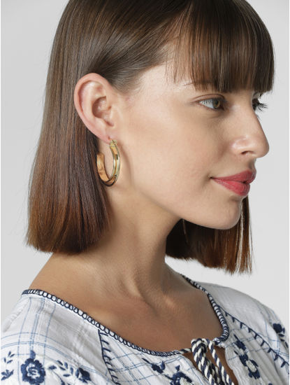 Golden Set Of 2 Earrings