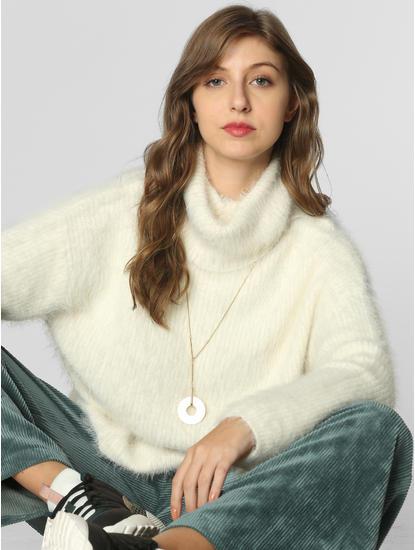 White Turtle Neck Pullover
