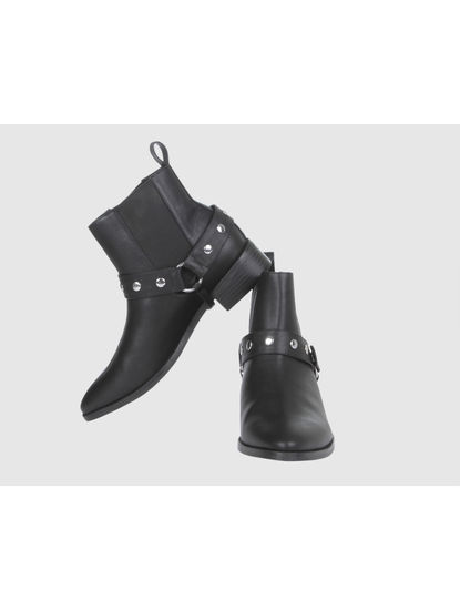 Black Studded Ankle Length Boots