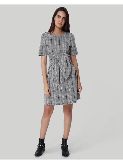 White Check Front Self Tie Shift Dress