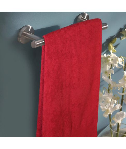 Eva Red Plum Bath Towel