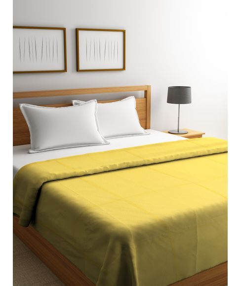 Snow Flakes Misty Gold Comforter  Size