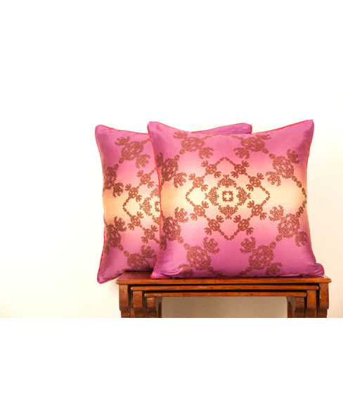 Neeta Lulla Cushion Cover Set