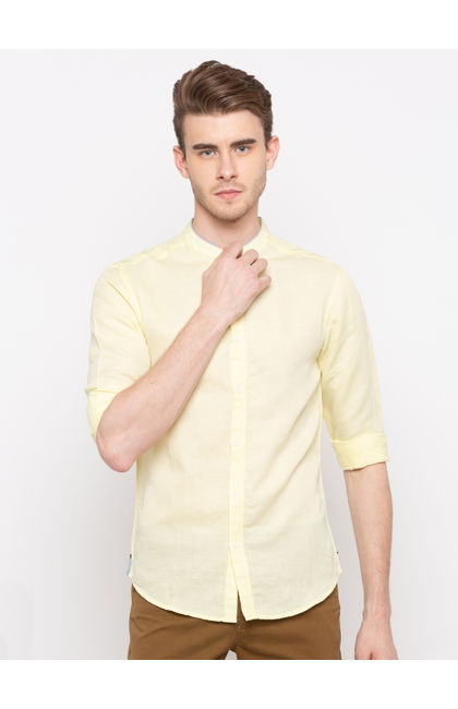 Yellow Solid Slim Fit Casual Shirts