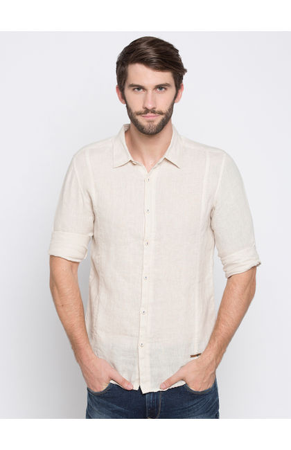 Beige Solid Slim Fit Casual Shirts