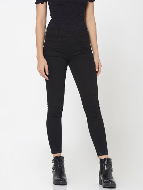 Black Mid Rise Slim Fit Jeans