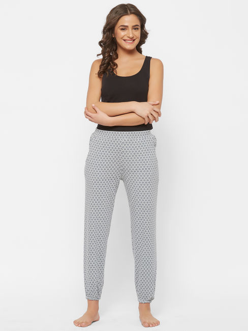Stylish Diamond Print Pyjama