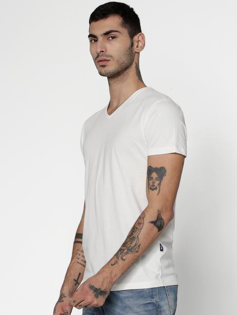 White Slim Fit V-Neck T-Shirt