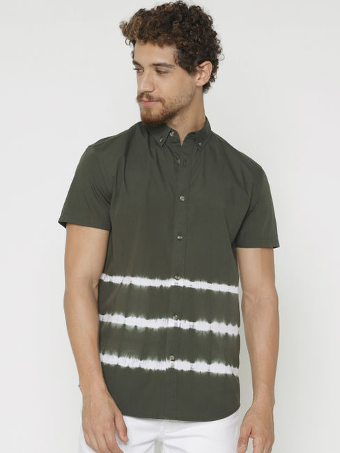 Green Printed Slim Fit Short Sleeves Shirt