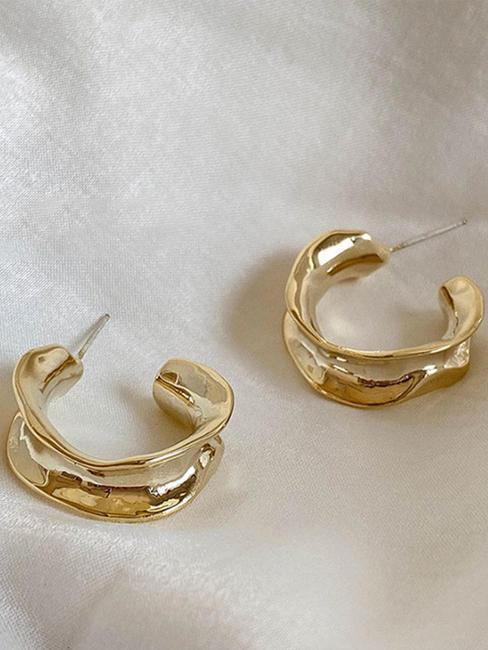 Toniq Sand Dunes Gold Hoop Earrings For Women