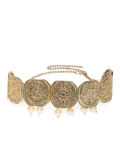 Women Gold-Toned Choker Jewellery Set