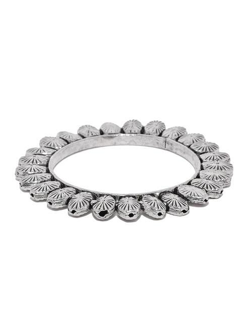 Women Silver-Toned Oxidised Meenika Kada Bangle