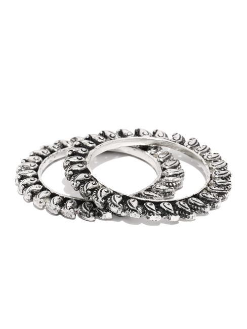 Silver Jalkari Bangles For Women (Set Of 2)
