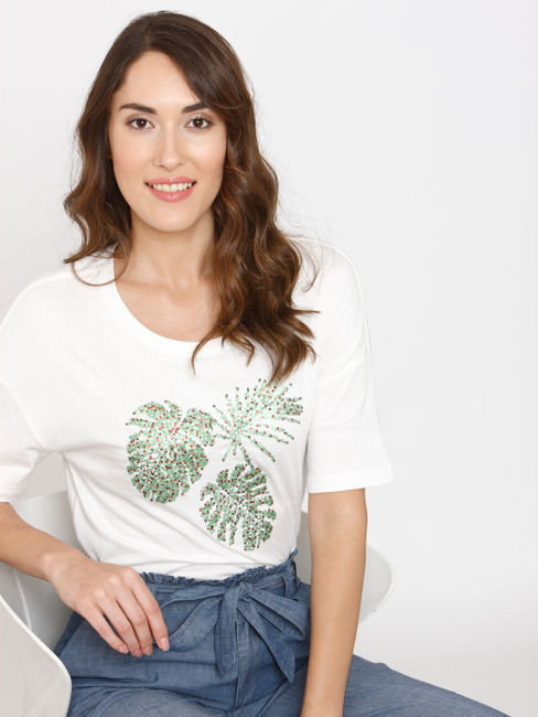 White Embellished Print T-shirt
