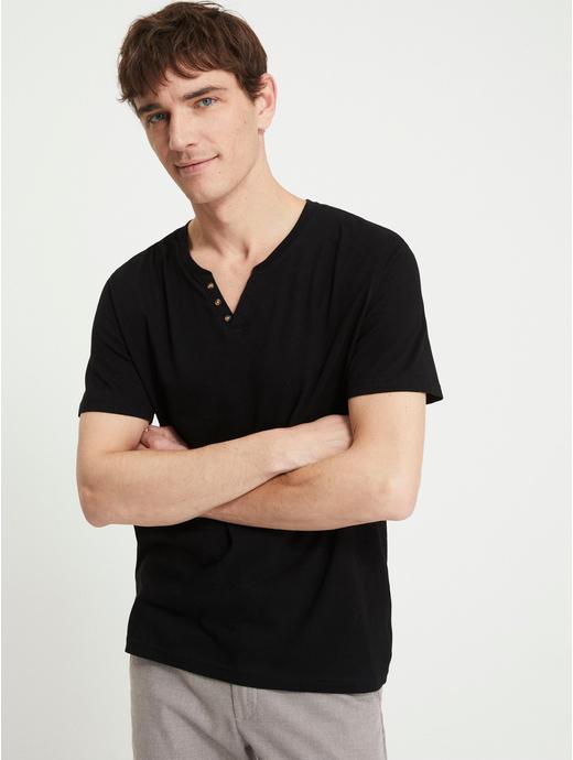 Black Solid T-Shirt