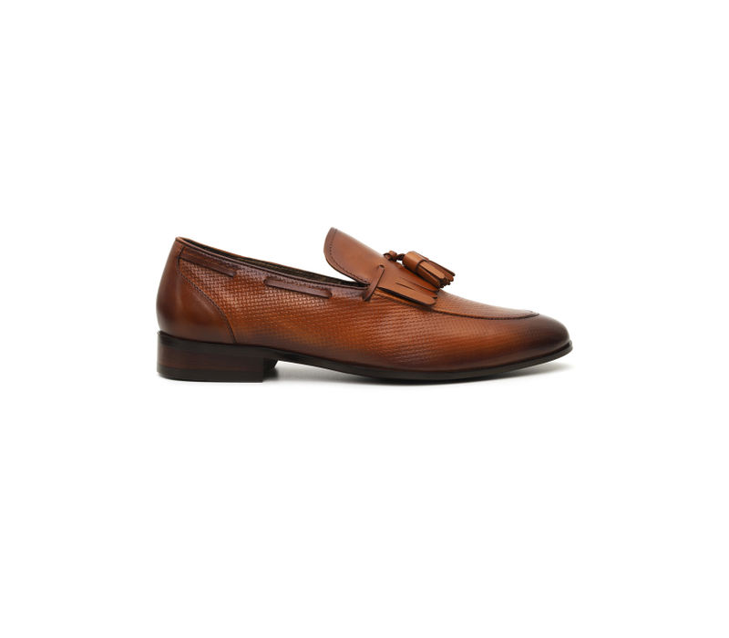 Weave Printed Loafers With Tassels
