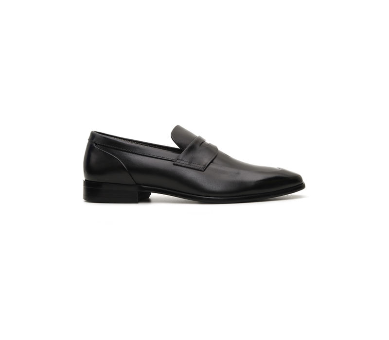 Plain Black Leather Loafers