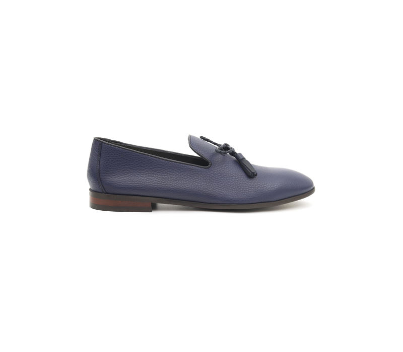 Leather Loafers With Bow