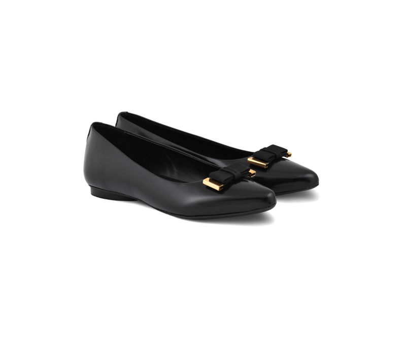 Black Pointed Toe Shoes