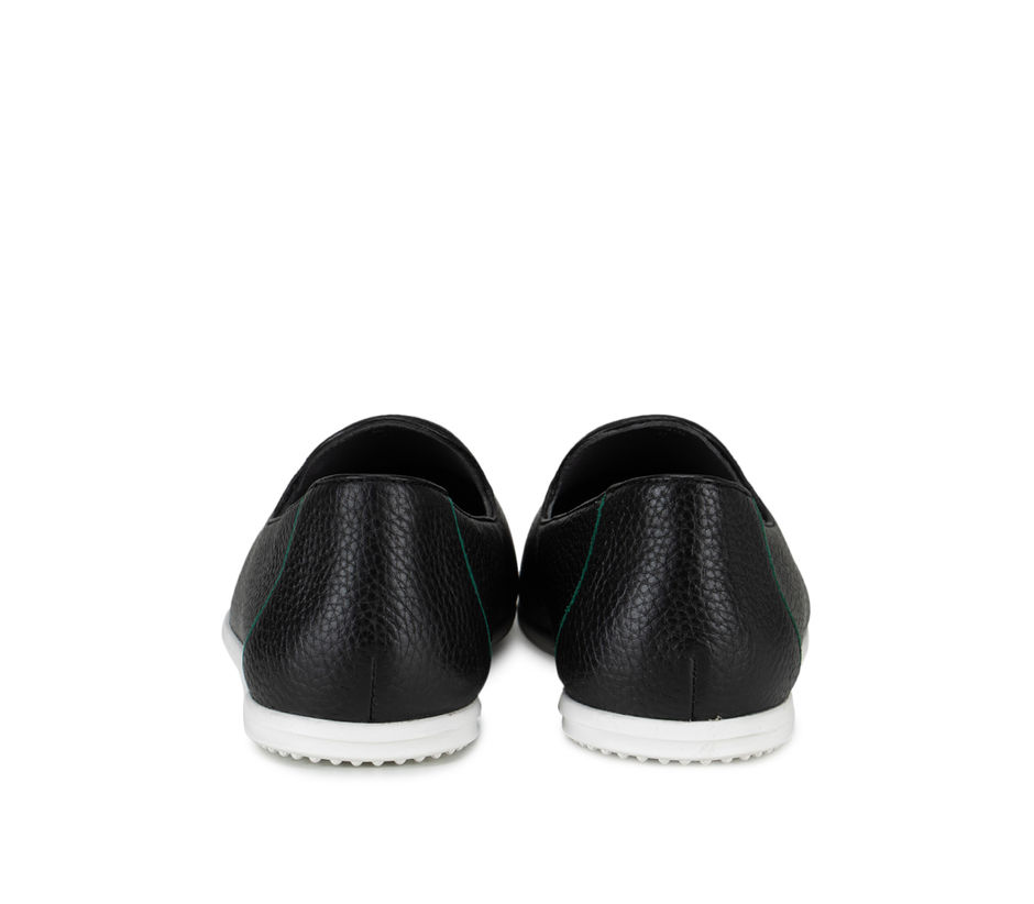 Black Sneakers with Contrast Sole