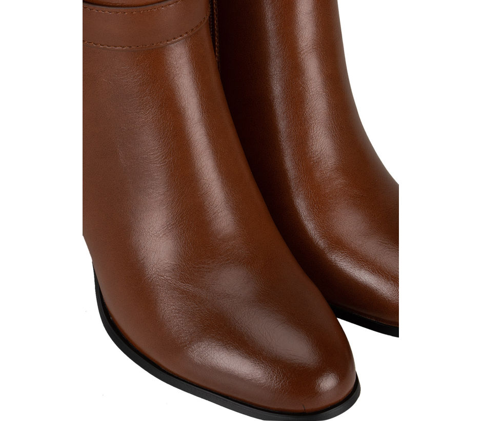 Tan Zipped Ankle Length Boots